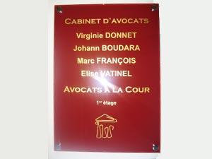 Plaque avocat avec logo or